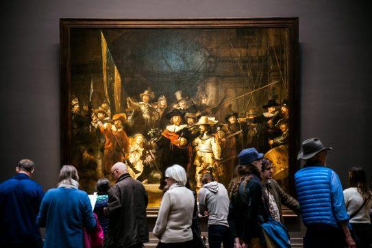 Tłumy w galeriach i muzeach