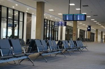 Zakaz lotów z Polski do Wielkiej Brytanii, Irlandii Północnej, Szwecji, Portugalii i na Ukrainę pozostaje