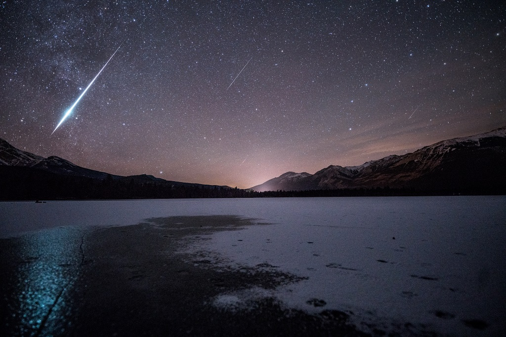 Meteor shower display in a dark sky environment.