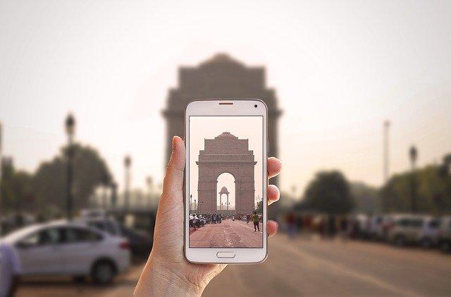 India drops visas requirements for tourists entering via land routes