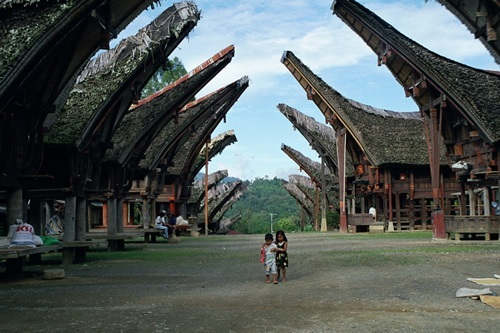 Tana Toraja South Sulawesi Indonesia Tourist Attractions In Indonesia Tourist Attractions Traveldiagram