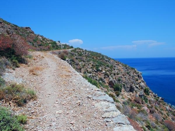 Sentiero di trekking a Tilos