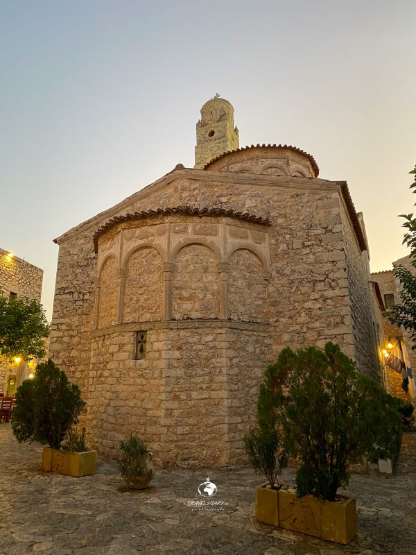 La chiesa di Areopoli