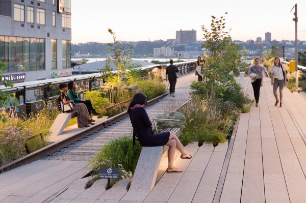 High Line Park Over City Of York