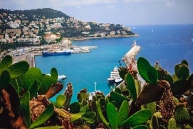 walking in Nice France