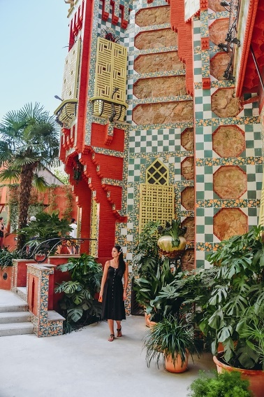Casa Vicens must-see building in Barcelona