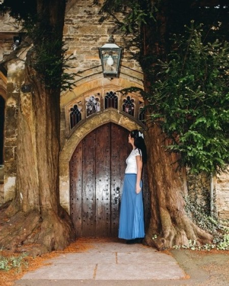 Stow on the Wold is one of the most beautiful villages in the Cotswolds because you can find an iconic church door flanked by ancient trees here. Also, Stow on the Wold is home to England`s oldest inn.