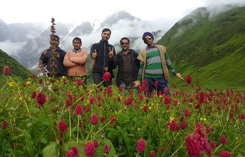 best treks to explore in Uttarakhand