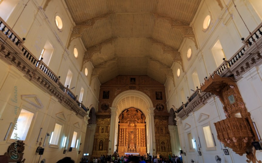 popular churches of Goa