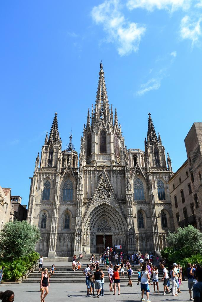 Barcelona tourist attraction - Barcelona Cathedral