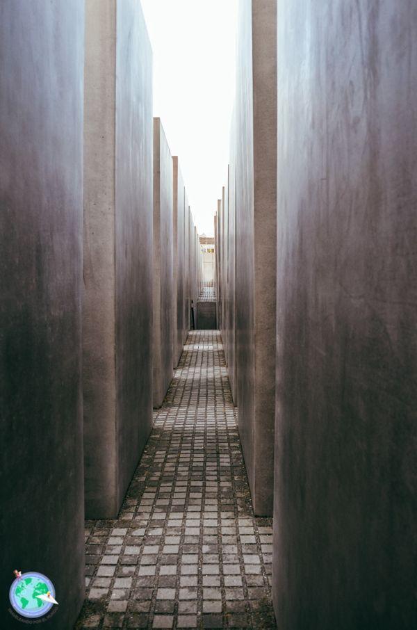 Berlin - Pasillos del memorial del holocausto