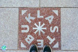 Vilna - Leyenda en la plaza de Vilna r1