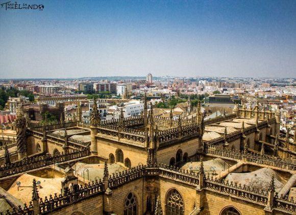 Catedral, GirVista de Sevilla desde la Giraldaalda y Real Alcázar de Sevilla
