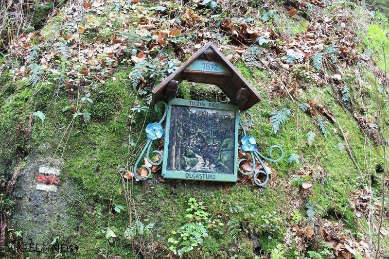 Placa conmemorativa de madera