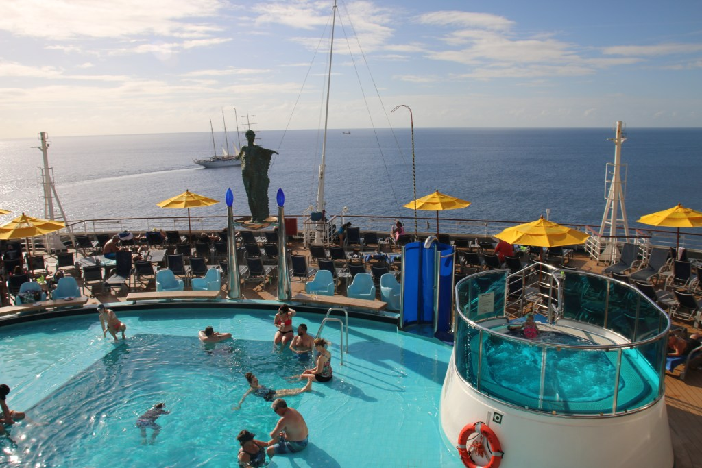 What to pack for your cruise - checklist packing list