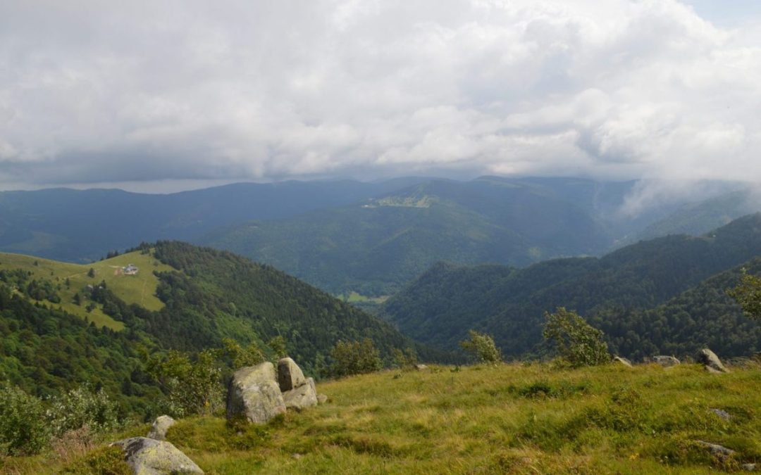 Hiking: Sentier des Roches in France