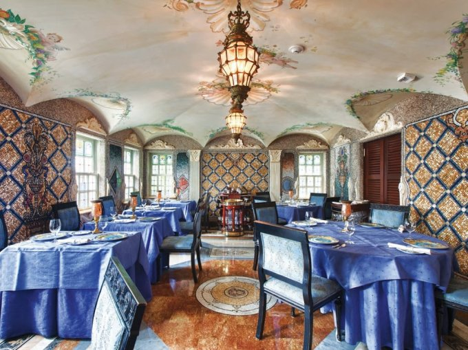 Villa-Causarina-Miami-versace-boutique-hotel