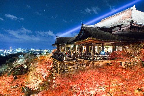京都で観光しよう!11月のおすすめスポットは美しい紅葉だけじゃない!?