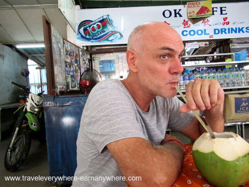 Digital Nomads - Fresh coconut water in Batu Ferringhi, Malaysia