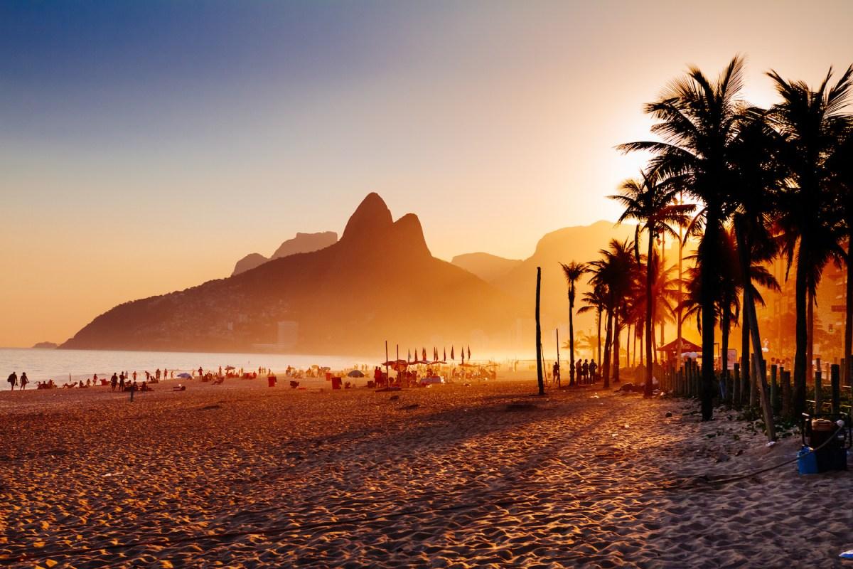 Ipanema beach in Rio de Janeiro on a gorgeous sunset