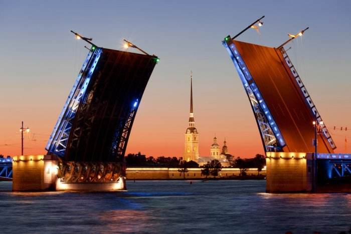 White nights in St. Petersburg. Divorced Palace bridge. Russia