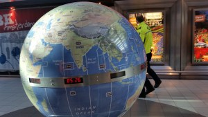 Time Zone Globe Schiphol Airport Netherlands