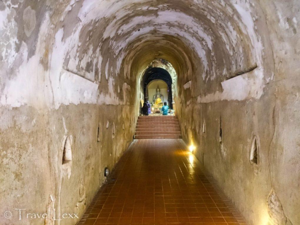 Wat Umong tunnel