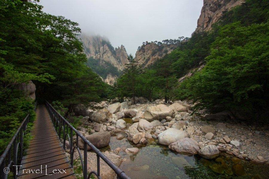riverbed, Seoraksan hike