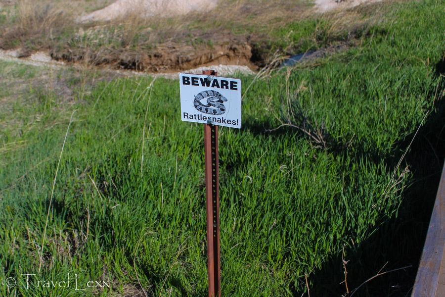 Snake warning sigh - Notch Trail