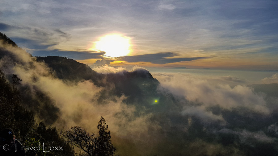 Fog clearing at sunrise at the King Kong viewpoint on Mount Penanjakan