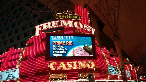 $5 blackjack on the strip online poker real money usa