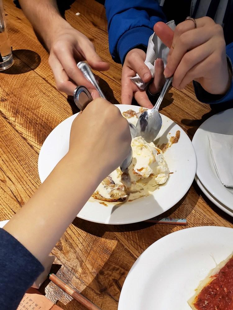 Giordanos Arizona - eating apple pie pan - travel foodie mom