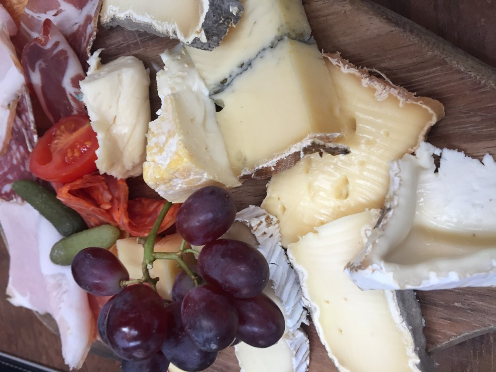 A beautiful cheeses and meats platter