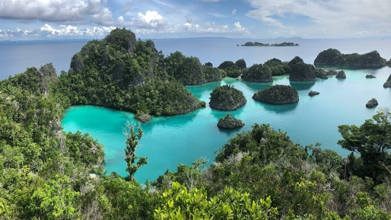 visit raja ampat islands indonesia