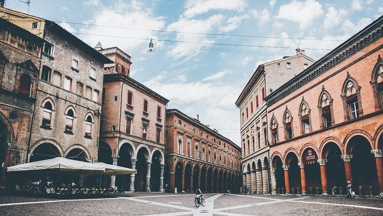 things to do in bologna italy