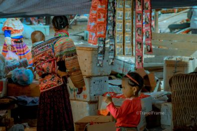 The woman in Can Cau traditional market. This market only open on Saturday