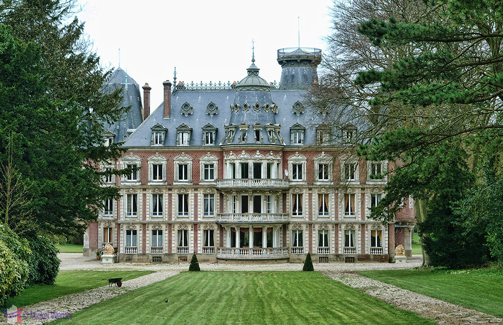 Tilleul castle next to Etretat