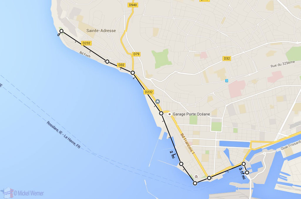 5 km walk alongside the sea at Le Havre