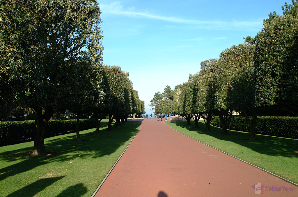 Path into the Omaha cemetery
