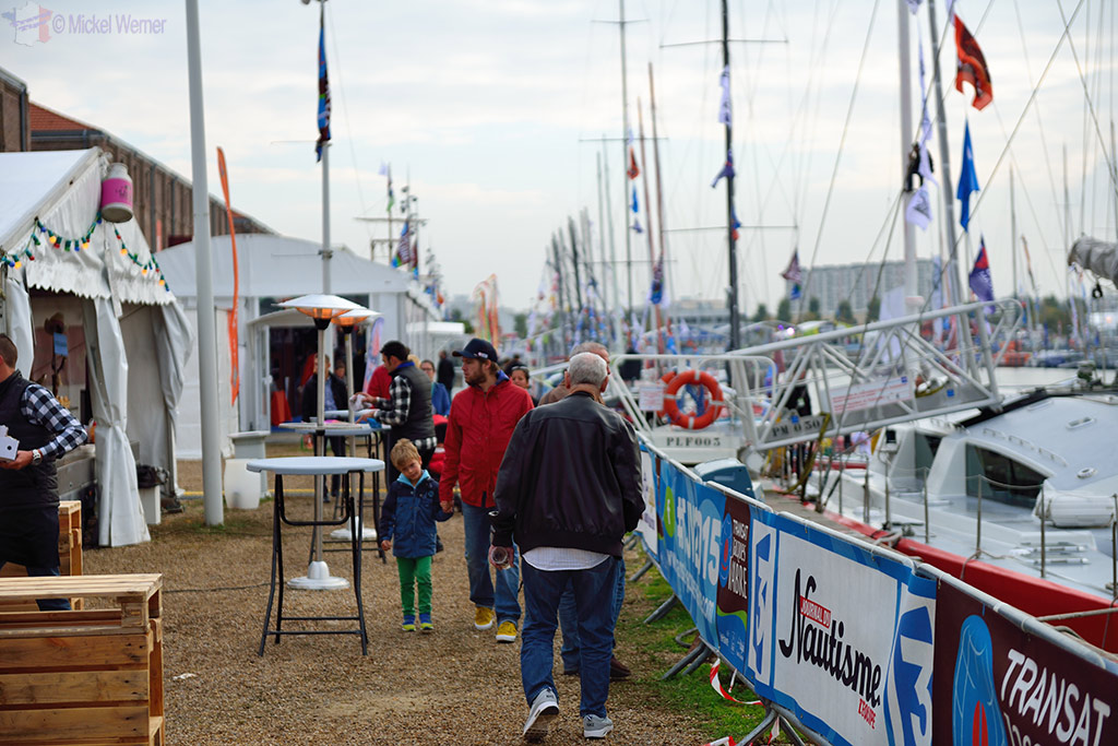Spectators at the Transat Jacques Vabre sailboat at the Le Havre docks