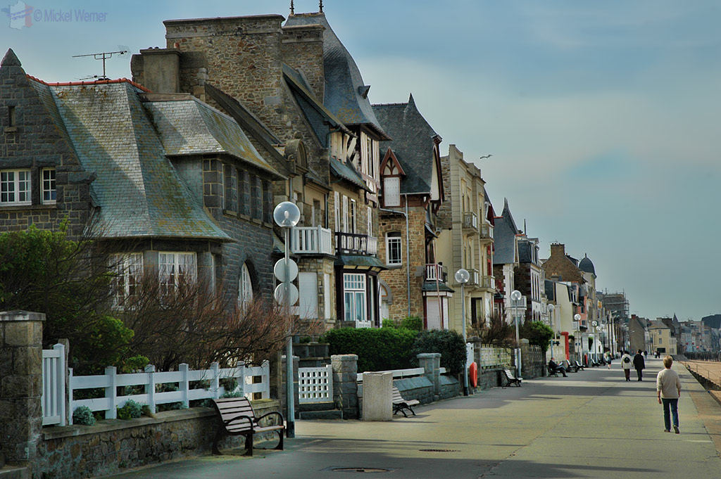 Old and imposing houses outside the walled city of St. Malo