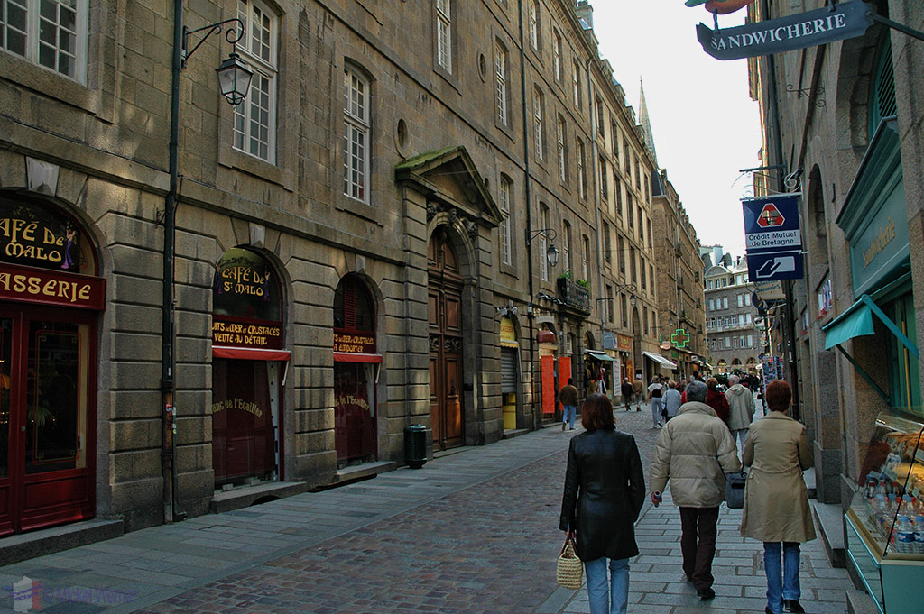 Shopping streets in St. Malo, inside the walled city