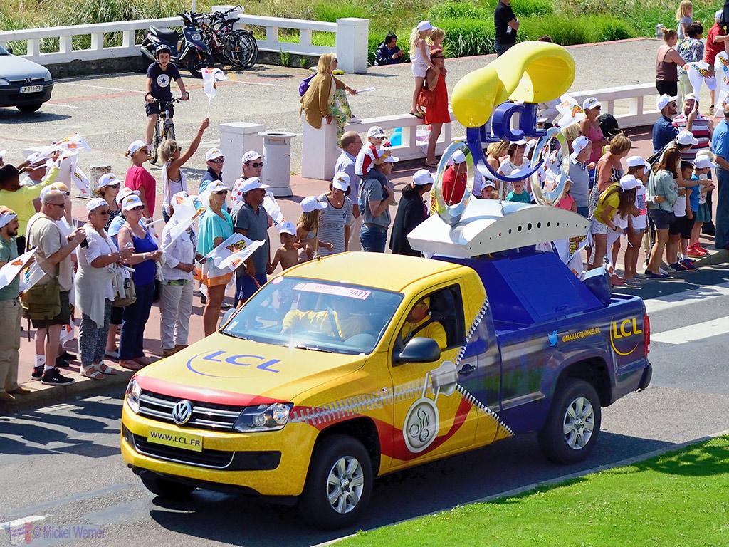 First vehicles on the publicity caravan at the Tour de France