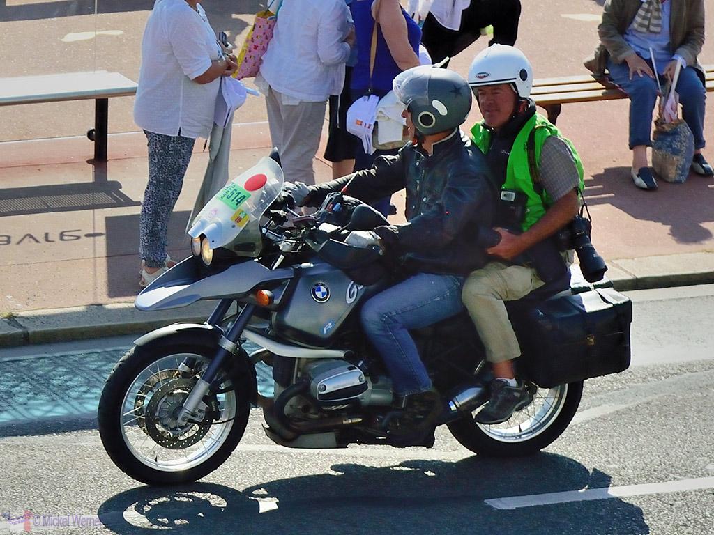 Press photographers preceding the Tour de France