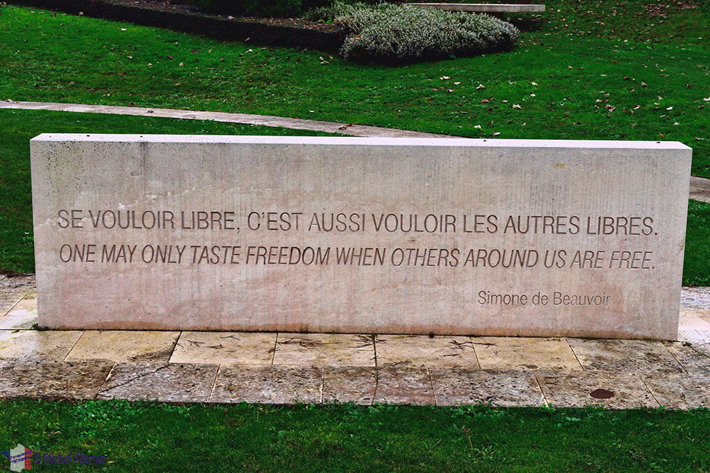 Reporters Memorial in Bayeux with its saying