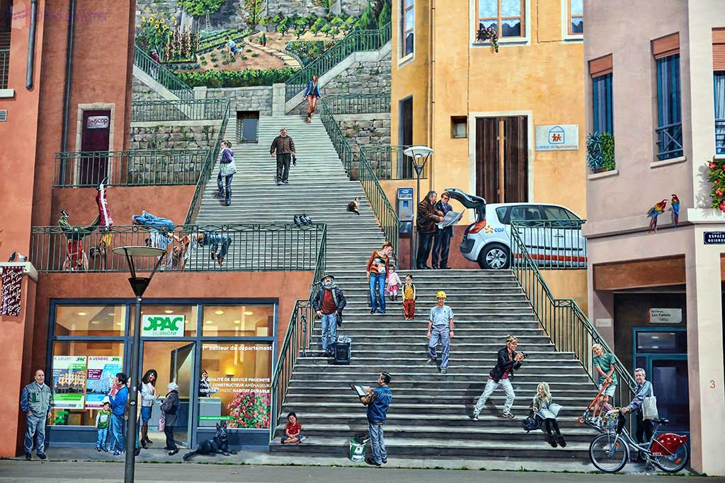 "Details of the mural painting ""Mur des Canuts"" in Lyon"