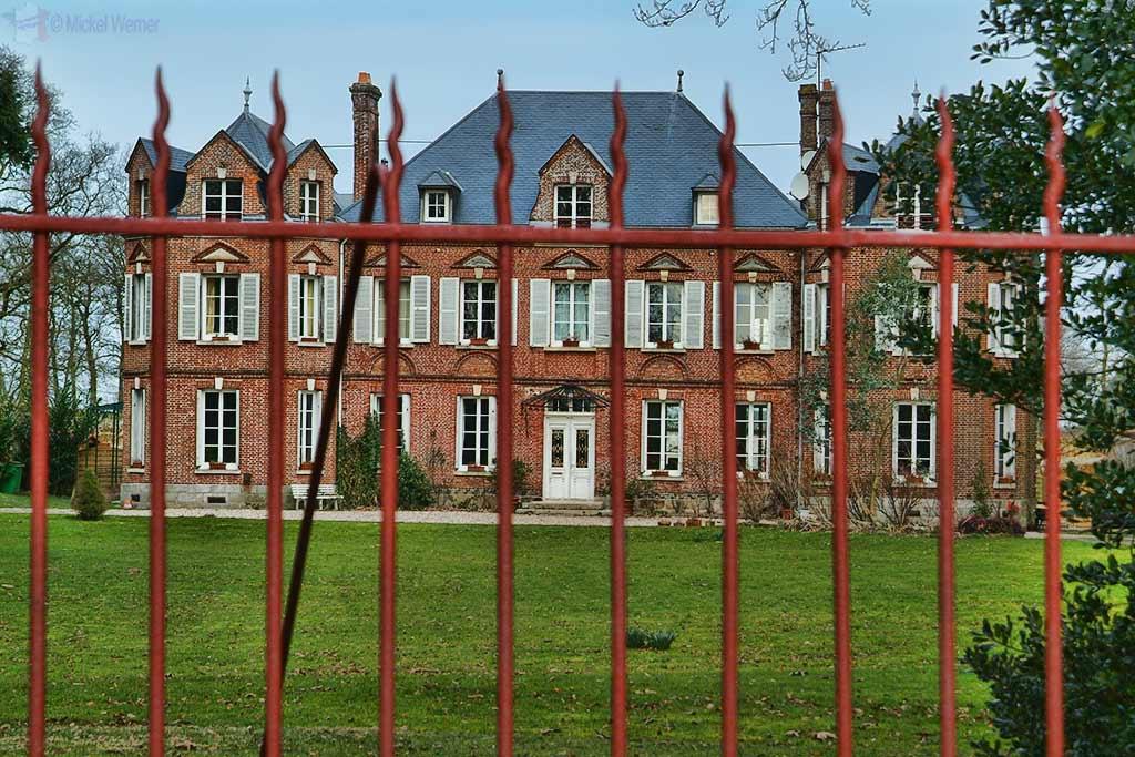 Butot-Venesville Castle – Chateau du Profil