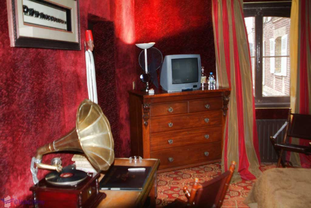 A room inside the Domaine Saint Clair - Le Donjon Hotel Castle in Etretat