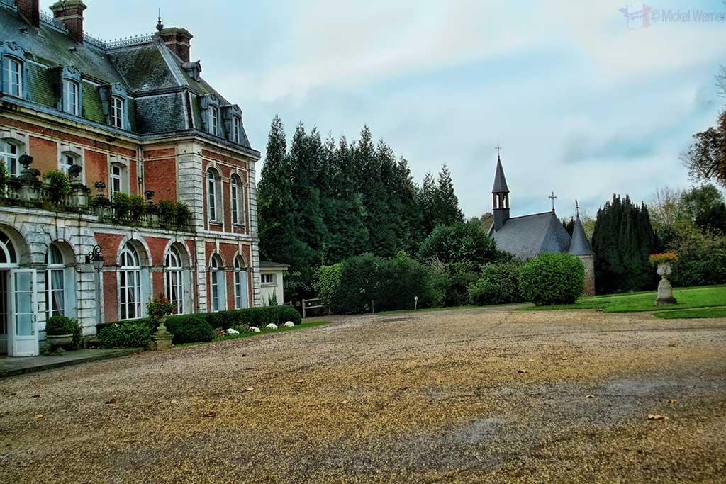 The Chateau de Villequier and its chapel at Villequier