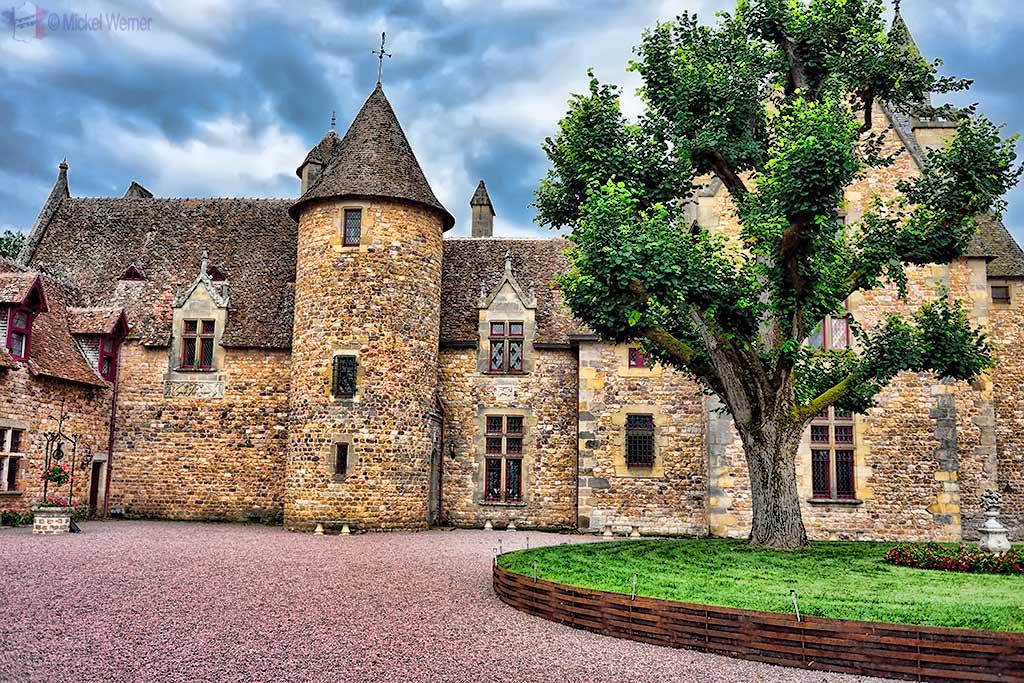 Courtyard of the Vallon-en-Sully Castle -Chateau de Peufeilhoux